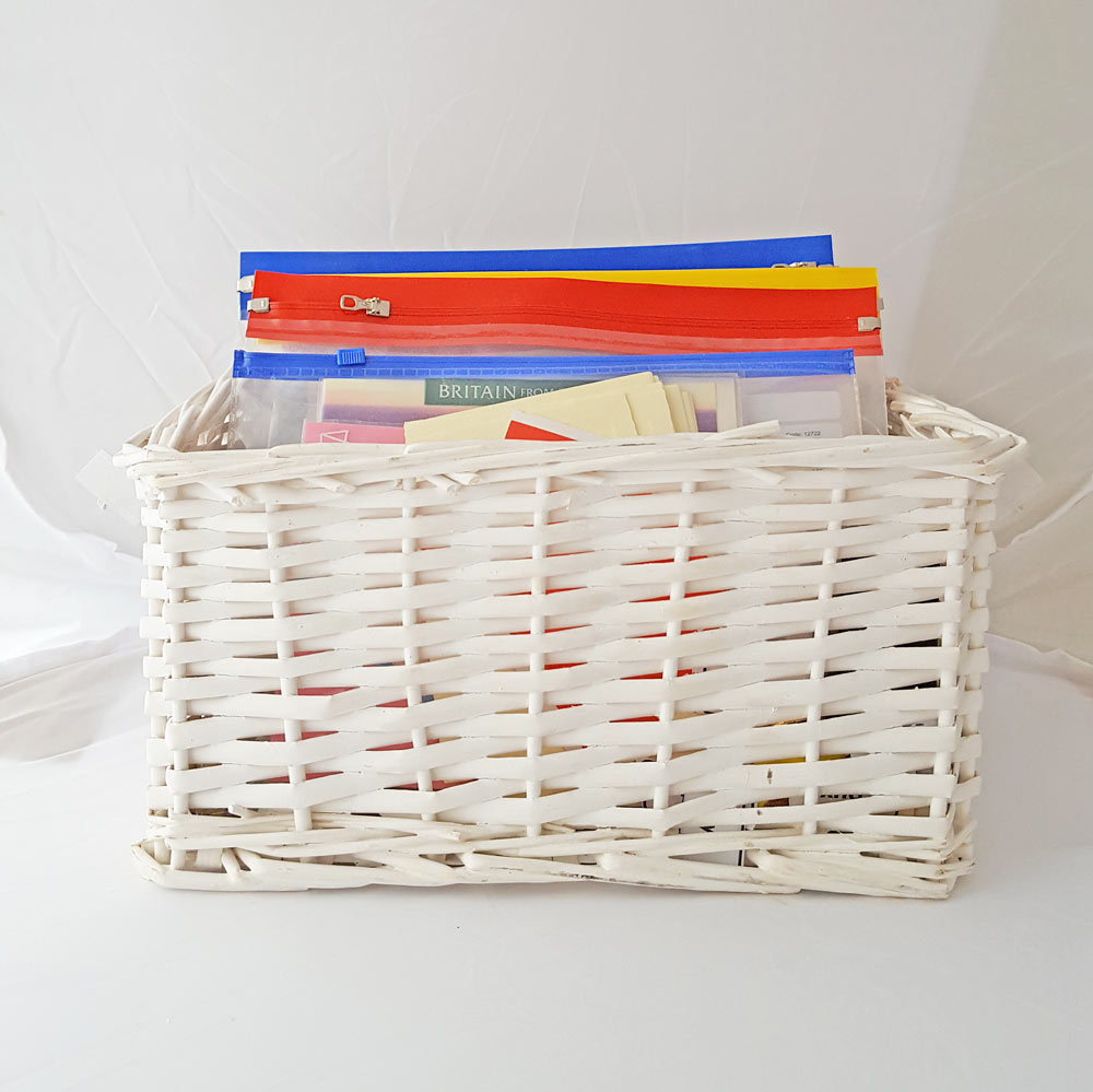 organise everything - if you are seriously messy you will love this super simple tip to organise just about everything