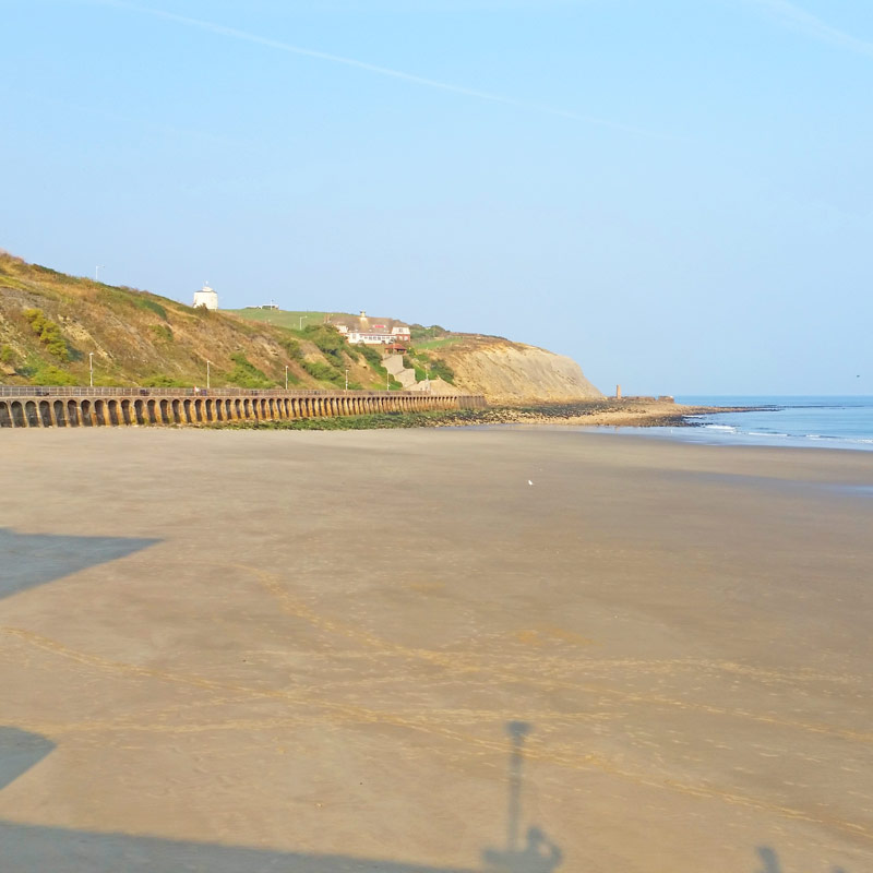 Sandy beaches near London - Folkestone