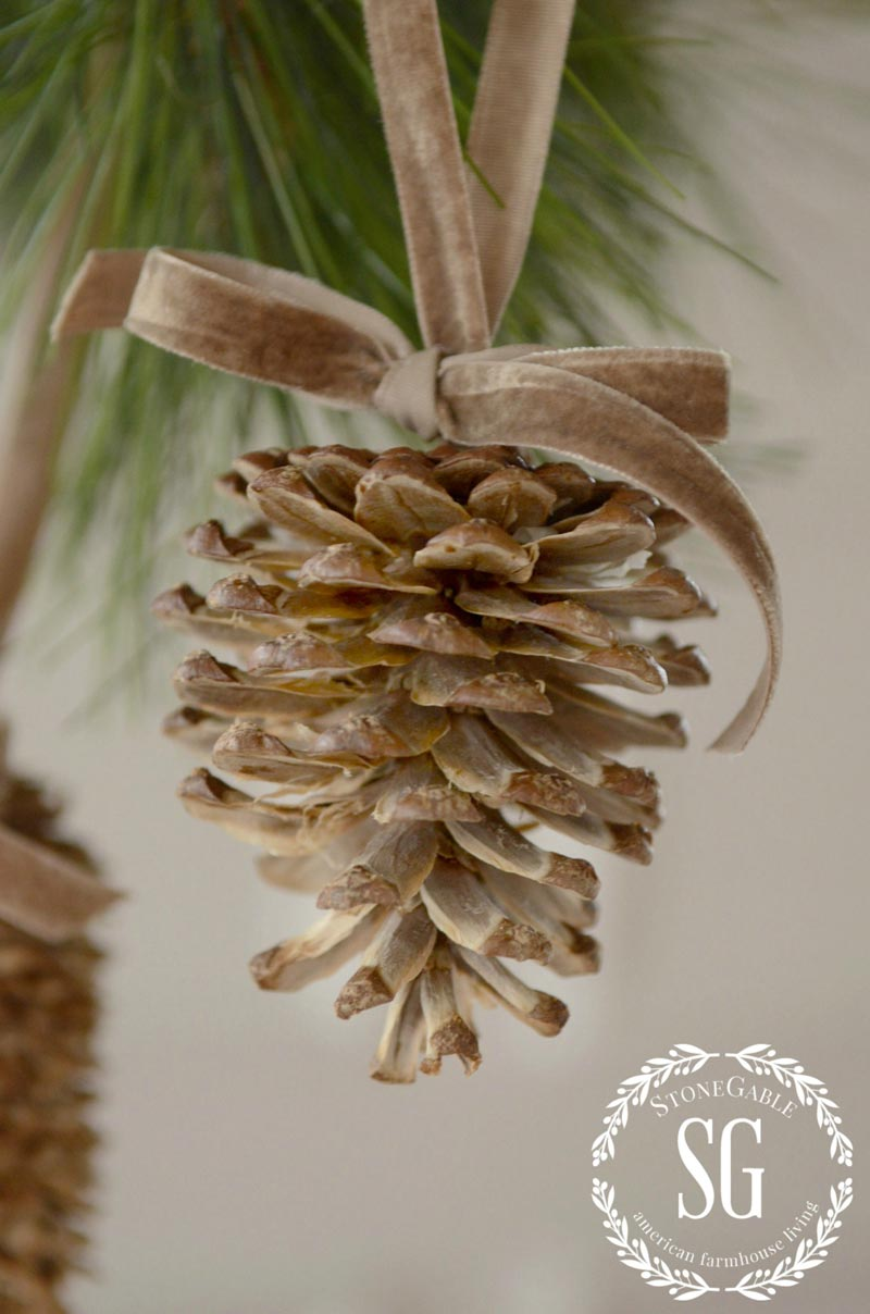 Simple home made Christmas ornaments