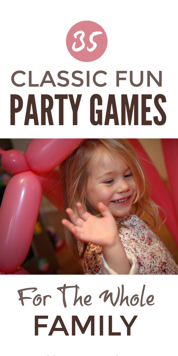 Classic kids party games the whole family can enjoy indoor and outdoor for birthday, Christmas and Thanksgiving parties or just in the backyard on games night #kidsparties #birthdayparty #partygames #outdoorgames #birthday