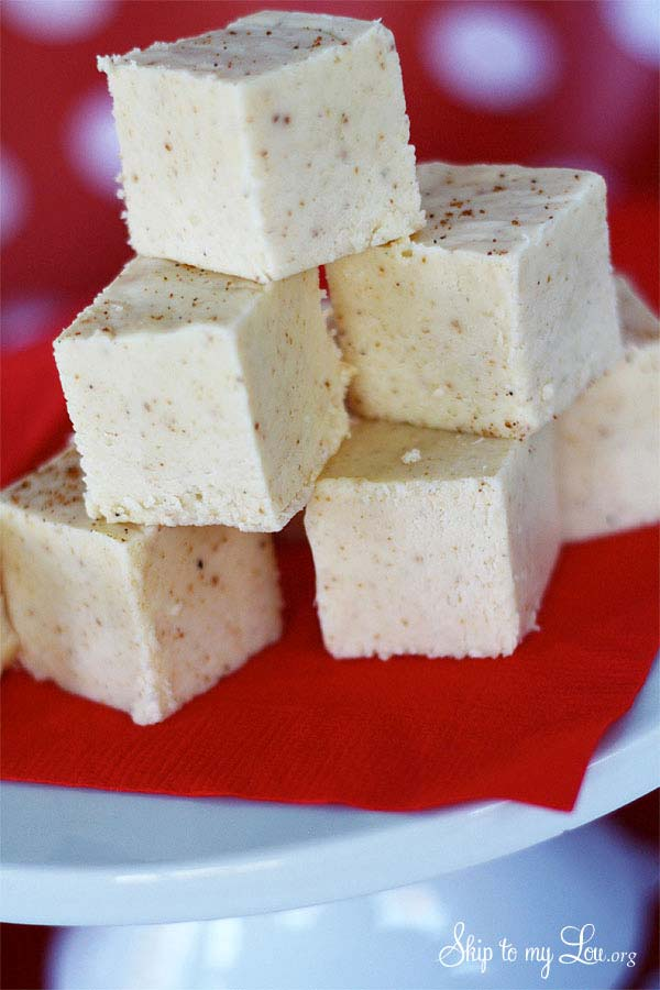 Eggnog Christmas fudge
