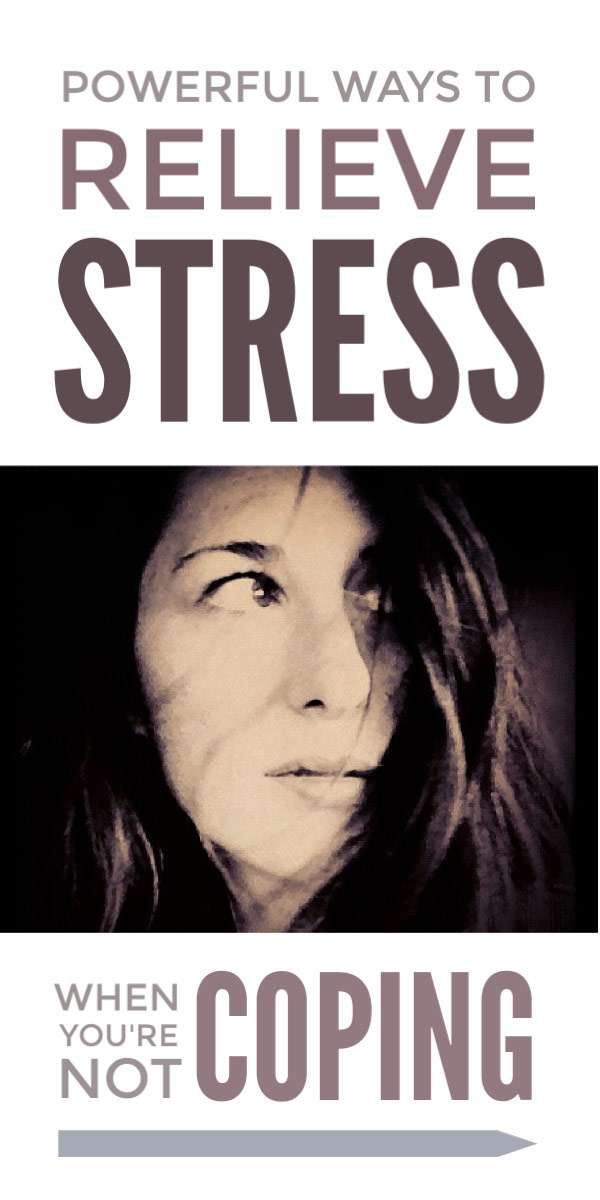 Simple DIY stress relief tips for women that help you manage anxiety when you're feeling overwhelmed and struggling with the speed of modern life and give you the space to relax and create a healthy balance between work and home in your life #stress #stressrelief #stressrelieftips #anxiety #relax #women #healthy #healthylife #mentalhealth