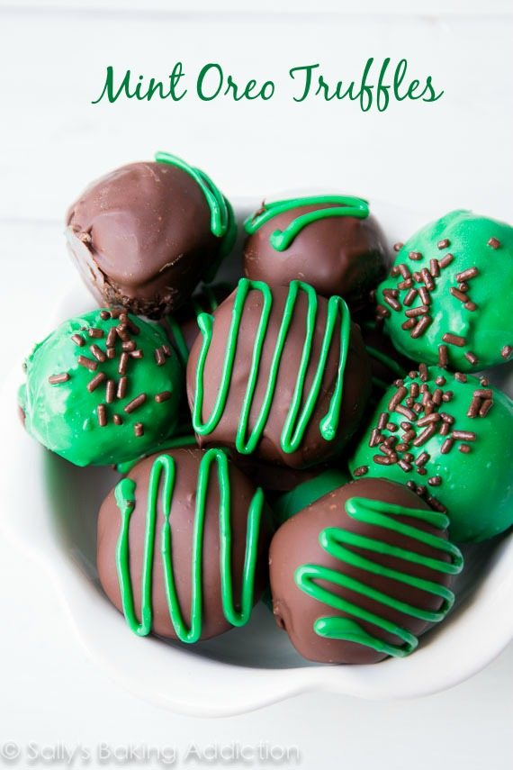 Christmas peppermint recipes - mint oreo truffles