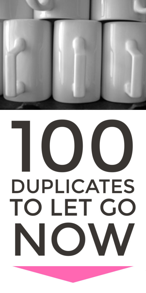 Use this big declutter checklist to declutter and organize your home easily.  The checklist covers bedroom, kitchen and clothes clutter plus simple but powerful tips which will give you the motivation to declutter not only  your things but your life #declutter #decluttering  #declutteryourhome  #declutteringtips #declutteringahouse #simplify #minimalist #organize