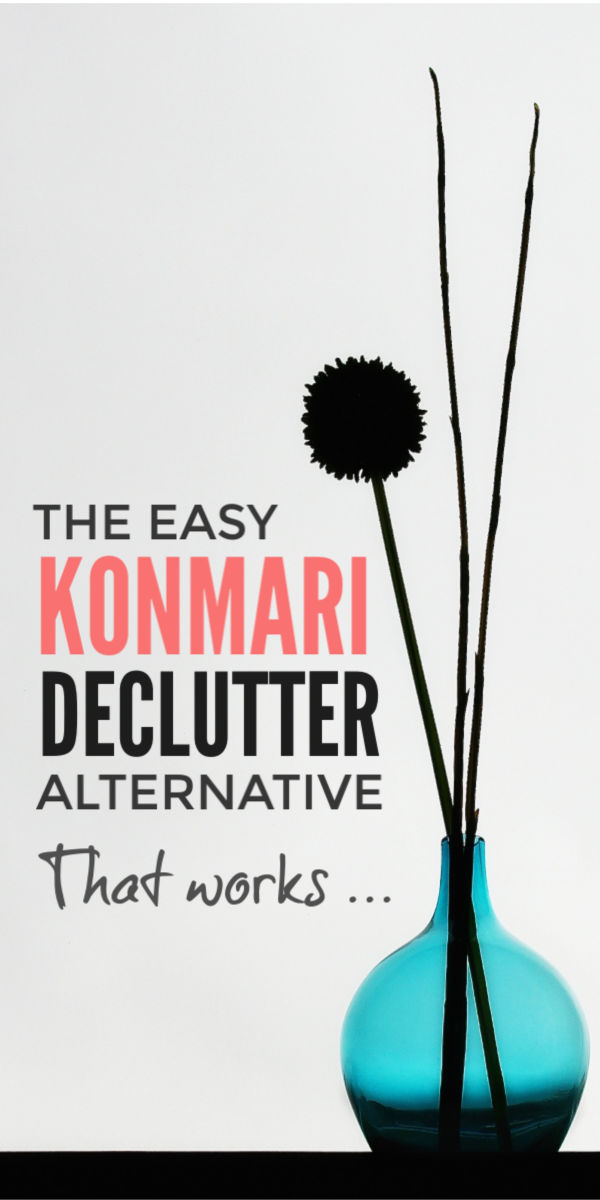 Declutter and organize when you're feeling overwhelmed with this simple, inspirational alternative to the Marie Kondo Konmari method. The Just 10 things declutter challenge will free your home of clutter - from your bedroom, wardobe and clothes to your kitchen - and help you reclaim your life in just a few minutes every day in and includes free declutter checklists, tips, motivation and ideas #declutter #organize #clutter #clutterfree #konmari