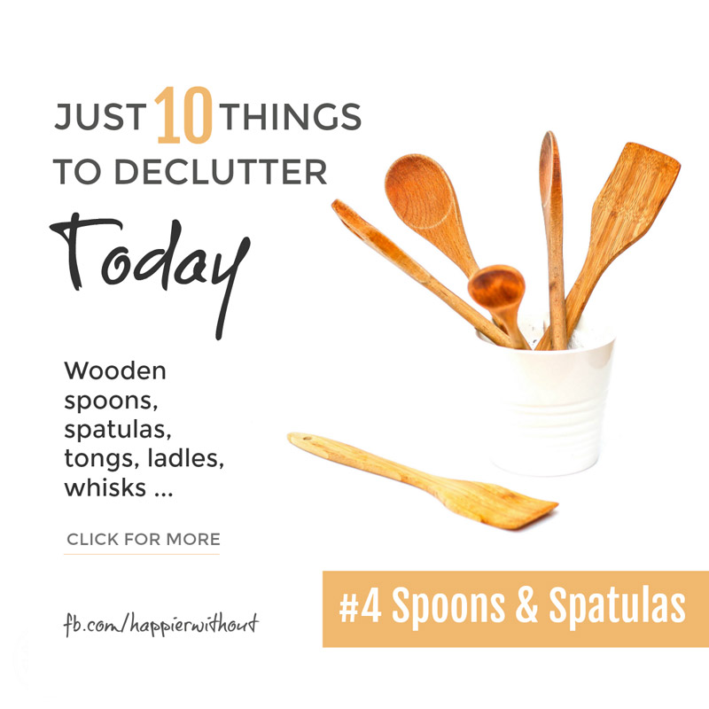 Who knew there could be so many variations on a kitchen spoon? Wooden spoons, ladles, slotted spoons, pasta spoons not to mention ten different kinds of spatula! Let go of those you never use. And enjoy the space ... #clutterfree #simplicity #organized #minimalist #just10things #happierwithout