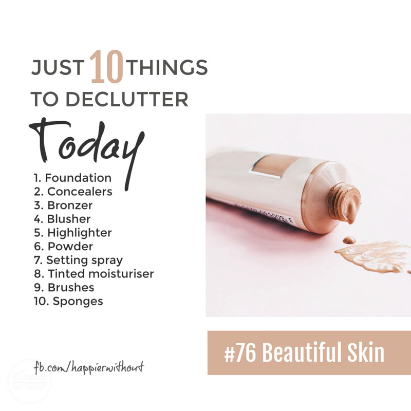 Stop hunting for the perfect makeup organization hacks and ideas and truly organize your vanity unit and bathroom by decluttering all that old makeup you never use #declutter #makeup #organization