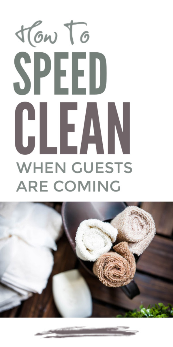 Speed cleaning checklist plus professional tips and hacks and the best cleaning products to blitz clutter and clean your home when guests are coming over #speedclean #cleaningtips #cleaningchecklist #cleaning #cleaninglist #cleanhome #speedcleanlist