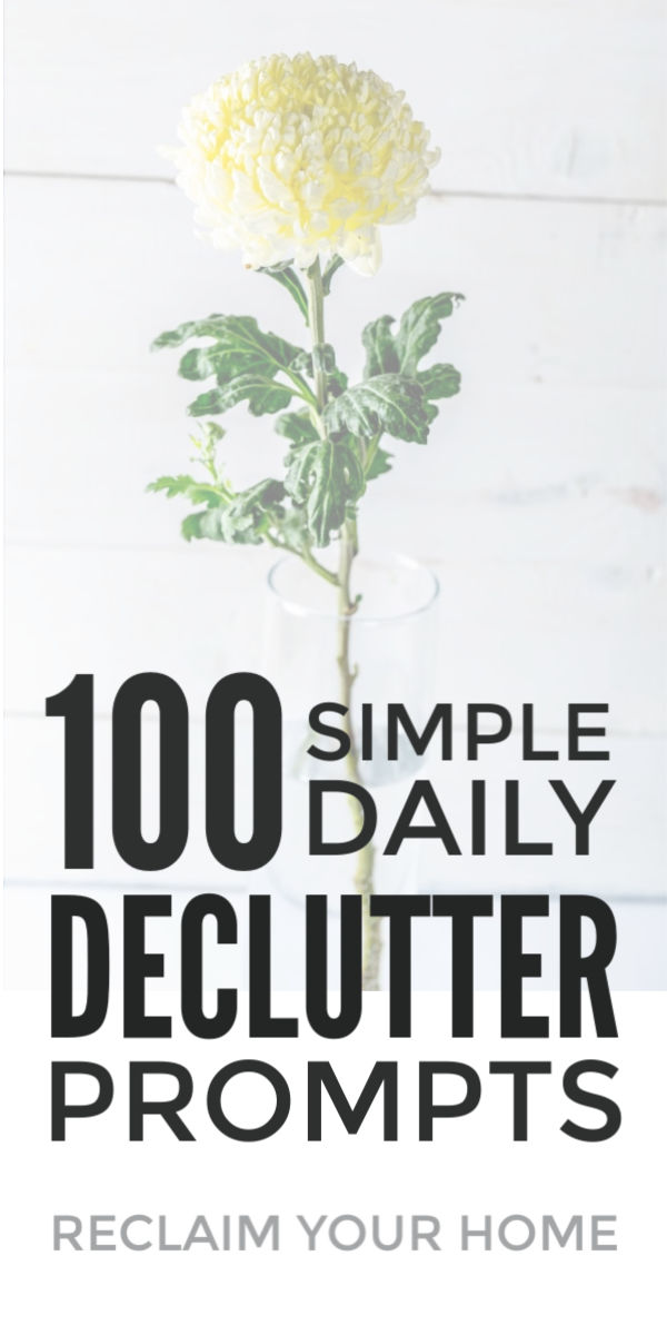 Declutter your home from clothes to paperwork with this checklist of declutter tips. The perfect simple list to clear your clutter if the Konmari method from Marie Kondo didn't work for you.This simple declutter method will create the space you need to organize kitchen, bedrooms and more without overwhelming you or making more mess. #declutter #organize