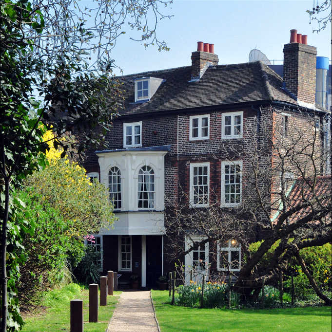 Hogarth House - Historic House West London